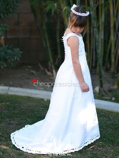 Stain White Flower Girl Dress with Long Tail