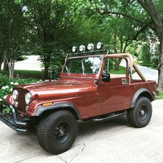 My family jeep - 1981 CJ 7 - now belongs to my husband... ❤️ #midlifecrisis #hedeservesit