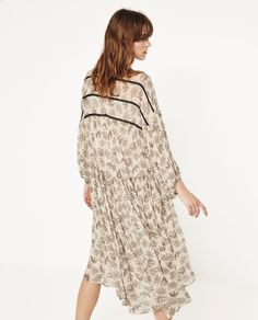 Image 2 of PRINTED LOOSE-FIT DRESS from Zara
