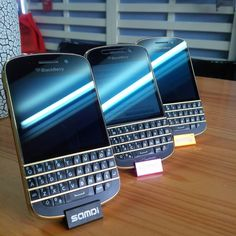 "#inst10 #ReGram @blackberryiran_reza_ghanbarian: BlackBerry "" Q10 Black Gold ""  Shop: http://ift.tt/2d2Fkly  #reza  #reza_ghanbarian #rezaghanbarian #reza_ghanbarian_blackberry #blackberry_reza_ghanbarian #blackberryrepair #repair  #blackberry_repair  #blackberry  #blackberry_q10 #q10 #limited_edition #Blackberry_limited_edition #q10gold  #BlackBerryClubs #BlackBerryPhotos #BBer"