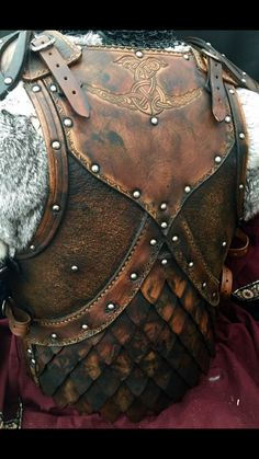 One of a collection of unique designs that for the first time ever are to be offered by Black Raven Armour as DIY leather armour kits. Created & designed by Alex Agricola, the whole pre cut & hole punched kit is comprised of either. Armadura Medieval, Viking Armor, Medieval Armor, Leather Armor, Leather Men, Larp Fashion, Armadura Cosplay, Viking Costume, Cosplay Armor