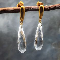 SaleNWT Handmade clear Quartz teardrop earring These are gorgeous and very versatile teardrop earrings. Wire wrapped with Gold Filled wire and hanging on a 24k gold over Silver contemporary and minimalist post, these a rebound to squeeze many complements. The fasted clear stone is very versatile and will work with anything. You can wear them to the office or to an date, it's beautiful and very classy. Matana Jewelry Earrings