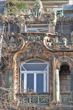 Art Nouveau building in Paris Jules Lavirotte