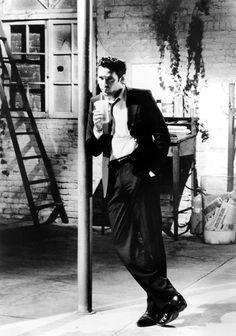 Reservoir Dogs es una película estadounidense de 1992, debut de Quentin Tarantino como director, y protagonizada por Harvey Keitel, Tim Roth, Chris Penn, Steve Buscemi, Lawrence Tierney y Michael Madsen.