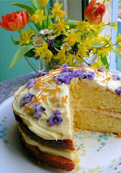 Victorian Spring Posy Cake, using Crystallised Violets