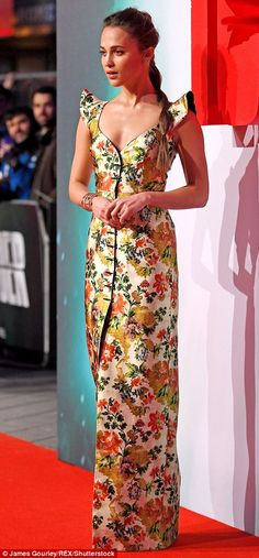 16e239d6c9a7 Alicia Vikander leads the glamour at Tomb Raider premiere in London