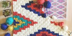 Do you enjoy Corner to Corner crochet (C2C)? This Southwestern style throw caught our eye this week. The design is 100% perfect for the C2C technique.