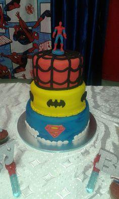 Super hero cake #mickeyandnicky