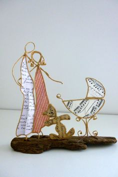 Des parents heureux - figurines en ficelle et papier