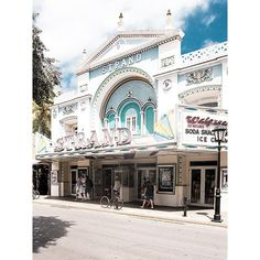 Supermarkt, Key West #2014 #travel #fromthearchives #walgreens #theater #keywest #florida #strand #hamburgistwärmer