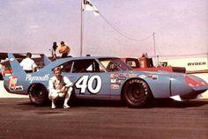Pete Hamilton Richard Petty, King Richard, Nascar Racers, Plymouth Superbird, Dodge Daytona, Dodge Muscle Cars, Drag Racing, Auto Racing, American Muscle Cars