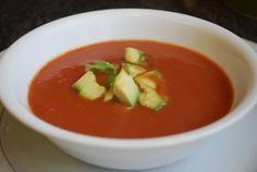Alkaline Recipe #74: Raw Avocado and Tomato Soup - Avocados are incredibly healthy and alkalising and provide our bodies with six times more energy than sugar and proteins. They are rich in potassium, B vitamins, as well as vitamin E and vitamin K. The avocados combined with the other highly alkalising vegetables like spinach and tomatoes make this soup very tasty and refreshing.