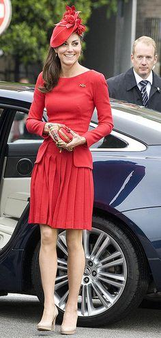 кейт миддлтон красная помада фото