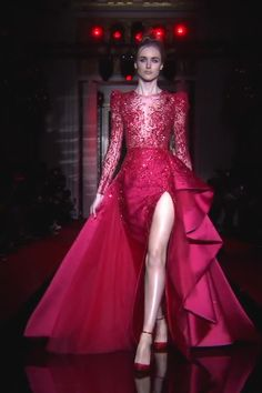 Zuhair Murad Look Spring Summer 2017 Couture Collection Stunning Embroidered Red Wine Backless Slit Sheath Evening Dress / Evening Gown with Long Sleeves, Asymmetric Skirt and a Train. Runway Show by Zuhair Murad Elegant Dresses, Pretty Dresses, Beautiful Dresses, Gala Dresses, Bridal Dresses, Jw Moda, Prom Dress Couture, Night Gown Dress, Merian