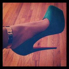 gold ankle cuff, deep teal shoes