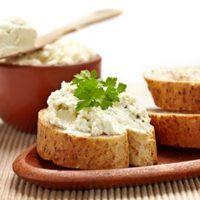 Recept : Tvarohová pomazánka   ReceptyOnLine.cz - kuchařka, recepty a inspirace Queso, Cornbread, Feta, Tapas, Mashed Potatoes, Cheese, Snacks, Ethnic Recipes, Dressings