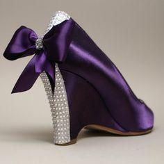 Wedding Shoes -- Purple Wedding Wedges with Purple Bow and Swarovski Rhinestone Heel. Wedding Wedges, Wedge Wedding Shoes, Bridal Shoes, Wedge Shoes, Purple Wedding Shoes, Purple Shoes, Bling Wedding, Dress Wedding, Purple Colors
