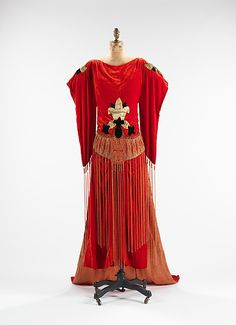 """Paul Poiret """"Robe Sabat"""" ca. 1921 via The Costume Institute of The Metropolitan Museum of Art """"Poiret's cultural fascination can be seen in this dress, which is named for the historical Middle Eastern. Paul Poiret, 20s Fashion, Fashion History, Art Deco Fashion, Vintage Fashion, Fashion Shoes, Girl Fashion, Become A Fashion Designer, French Fashion Designers"""