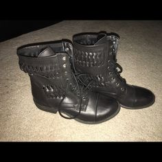 Nine West boots These are in great condition. Only worn like 5 times! They still smell new! Nine West Shoes Combat & Moto Boots