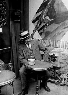 André Kertesz Paris 1928