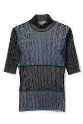 <p>The Pleanty top is designed in a transparent and pleated mesh fabric with a contrasting colour block at the front,sleeves and turtleneck. It has a close fit with finishing raw edges for a sharp, modern look.</p><p>- Size Small measures 84 cm in chest circumference and 65 cm in front length. The sleeve length is 32 cm.</p>