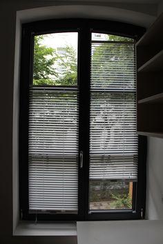 Jalousie MHZ Twinline funktioniert auch auf Rundbogenfenster.