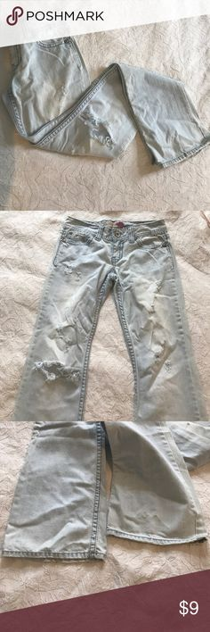 BOGO 50% Off 🎉Aeropostale light wash destroyed Aeropostale light wash distressed flare cut jeans. The jeans are a Kailey skinny flare cut & a size 1/2 long Aeropostale Jeans Flare & Wide Leg