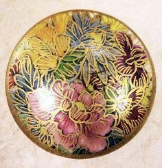 Floral Satsuma Button
