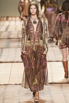 Vogue Runway's Nicole Phelps picks the 8 definitive collections of Milan Fashion Week: Etro.