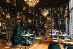 restaurant interieur Restaurants always need a lux - Pub Interior, Bar Interior Design, Boutique Interior Design, Restaurant Interior Design, Commercial Interior Design, Cocktail Bar Interior, Luxury Interior, Decoration Restaurant, Deco Restaurant