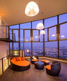 One year lease for a loft with a fantastic view in some great city...