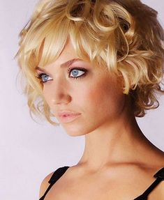 15-Short Medium Hairstyles Bangs