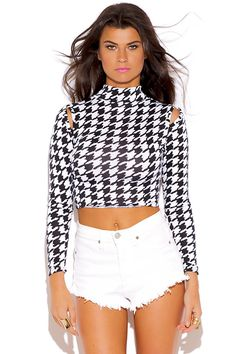 HOUNDSTOOTH PRINT CUT OUT COLD SHOULDER CROP TOP