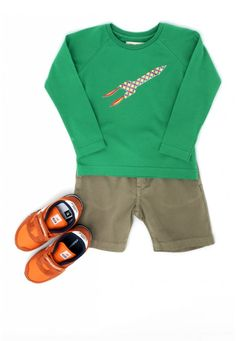 LOOK STEVE - Thalia & Bubu Thalia, Sweatshirts, Boys, Sweaters, Bucket, Fashion, Boy Fashion, Baby Boys, Moda