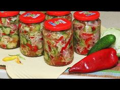 Salata de Muraturi Asortate pe Iarna salata meze ve kanepe Tarifleri videolu tarif – The Most Practical and Easy Recipes Fresh Rolls, Pickles, Food To Make, Stuffed Peppers, Make It Yourself, Vegetables, Cooking, Ethnic Recipes, Canning
