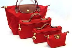 Attractive and elegant Longchamp Bag. Every gril should have one !