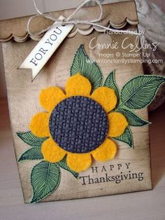 another mini lunch sack? Sunflower Cards, Sunflower Gifts, Felt Crafts, Paper Crafts, Decorated Gift Bags, Paper Gift Bags, Gift Bows, Fall Cards, Pretty Cards