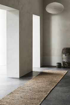 River Runner in Natural Styling: Joseph Gardner Photography: Sharyn Cairns Thick Yarn, Armadillo, Rugs Usa, Cairns, Classic Collection, Woven Rug, Recycled Materials, Timeless Design, Sustainability
