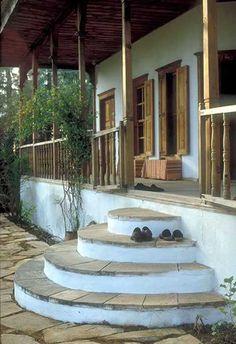 Nail Çakırhan Akyaka Evi Orient House, Beautiful Space, Outdoor Furniture, Outdoor Decor, Pergola, Restoration, Stairs, Outdoor Structures, House Design