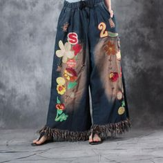 Buy Flowers and Number Embroidered Jeans Wide Leg Fringed Jeans in Jeans online shop, Morimiss offers Jeans to make you feel comfortable Kimono Fashion, Denim Fashion, Boho Fashion, Fashion Outfits, Womens Fashion, Baggy Clothes, Diy Clothes, Gypsy Pants, Embroidered Jeans