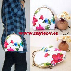 New! Bag Lake visit www.myleov.es We send all countries #MasRuido #moda #accesorios #bolsos #cluth #claspbag #bags #bolsoboquilla