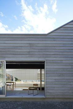 E House / Hannat Architects