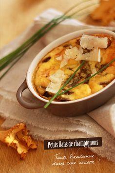 Mushrooms custard tart and Parmesan / Petits flans aux champignons Omelette, Frittata, Custard Tart, Vegetarian Appetizers, The Breakfast Club, French Food, Bon Appetit, Entrees, Stuffed Mushrooms
