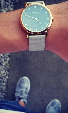 St Ives with classic grey strap