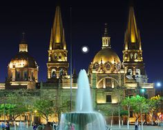 Guadalajara, Mexico -- click through for a virtual tour of Guadalajara - ortega.com #grandiose #stunning #mexico