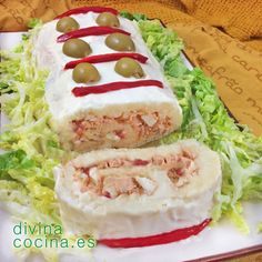 Se ve ricoooooo Tapas, Kitchen Recipes, Cooking Recipes, Appetizer Sandwiches, Good Food, Yummy Food, Spanish Dishes, Sandwich Cake, Brunch