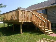 How to build a ground level deck with deck blocks Deck Building Plans, Building A Pergola, Deck Plans, Pergola Plans, Decking Area, Laying Decking, Ground Level Deck, How To Level Ground, Big Deck