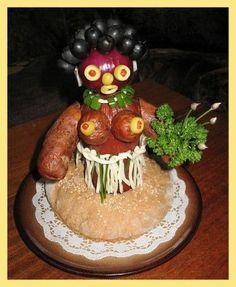 *** MOJE PEČENÍ ******************** - Fotoalbum - Pečení - Slané dorty,tyčinky,preclíky ..... - Salámová panenka Gross Food, Weird Food, Lemon Jello, Snacks Für Party, Food Decoration, Fruit Art, Food Humor, Cute Food, Creative Food