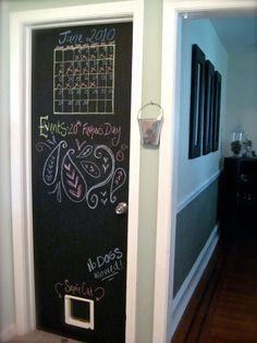 家の中、黒板のためのアイデアは、創造性を高めるためにペイントを作る:黒板のためのアイデアは、ドアのペイント