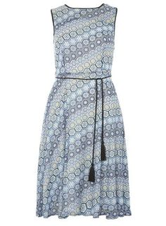 Chiffon geo printed midi dress - New In Clothing - New In - Dorothy Perkins Petite Outfits, Skater Dress, New Dress, Fashion Online, Chiffon, Street Style, Summer Dresses, Geo, My Style